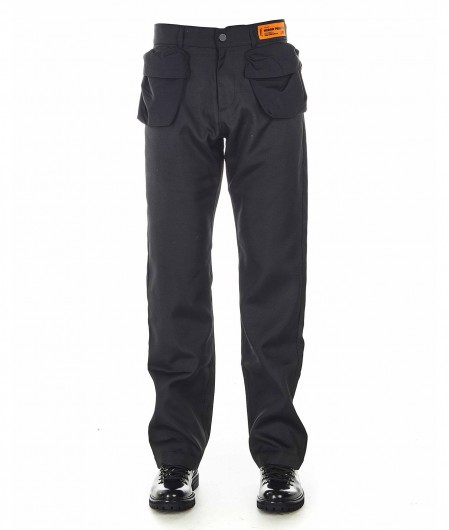 Heron Preston Utility Hose mit aufgesetzten Taschen Schwarz