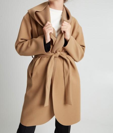 Kaos Coat Camel