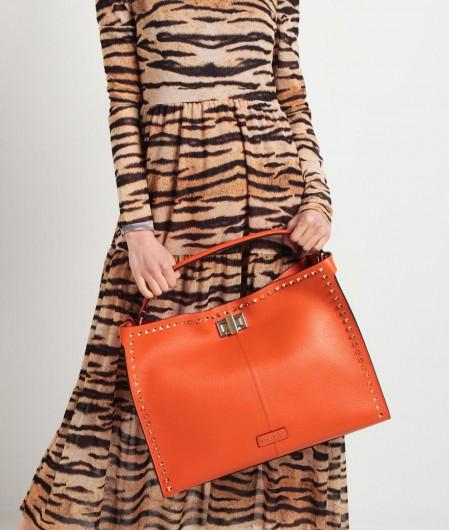 La Carrie Shopper with rivets orange