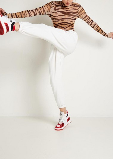 Kick it with stripes