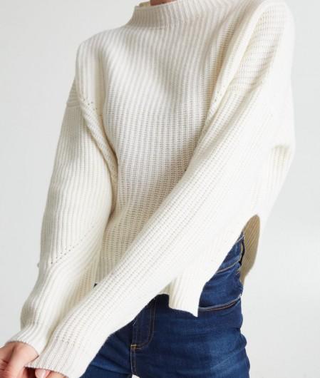 """Anna Molinari Sweater """"Paricollo"""" creme"""