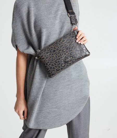 Gum  Shoulder bag in animal print dark brown