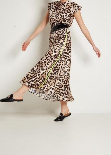 Dress, please!